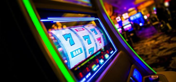 Odszkodowanie za nielegalnie nałożoną karę za instalowanie automatów do gry poza kasynem?